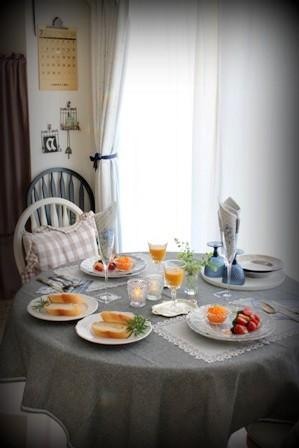 青のテーブル (3)