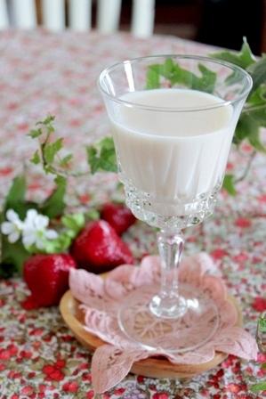 とちおとめ ひとつ上の豆乳