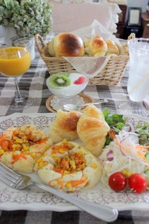おうちパン工房 牛乳パン&クロワッサン (4)