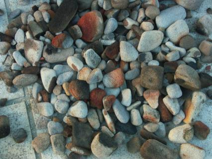 気泡煉瓦の丸い石1
