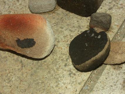 気泡煉瓦の丸い石2
