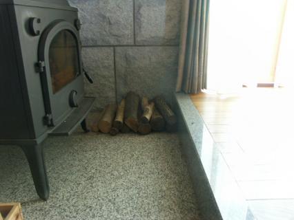 薪ストーブ家の隅2