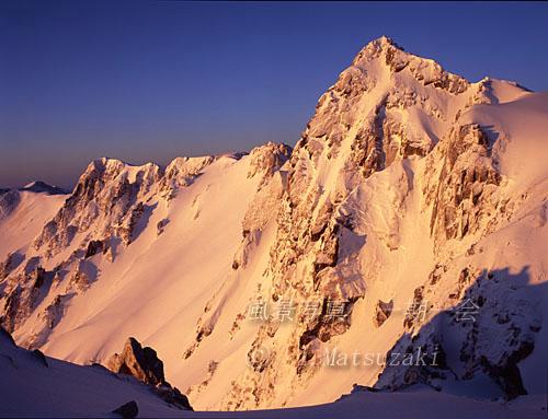 朝陽の宝剣岳