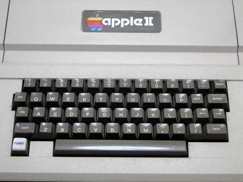 Apple2Std_02.jpg