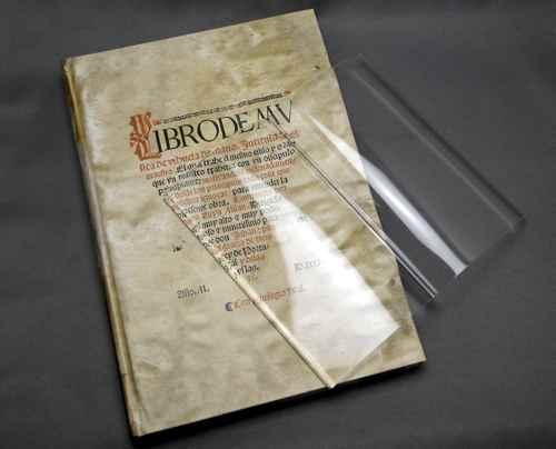 BookonBook_13_20130706094947.jpg