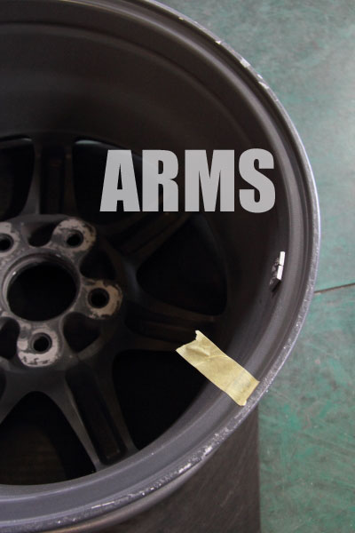 NSX用のアルミホイールを修理