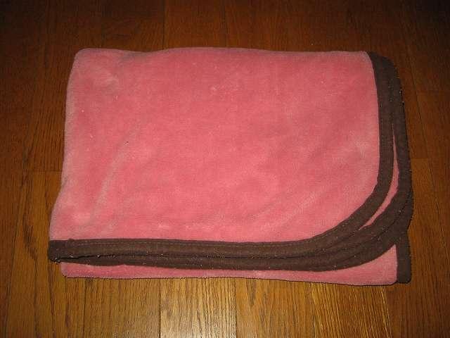 東京西川 マイクロファイバー ひざ掛け 毛布 70×100cm ピンク
