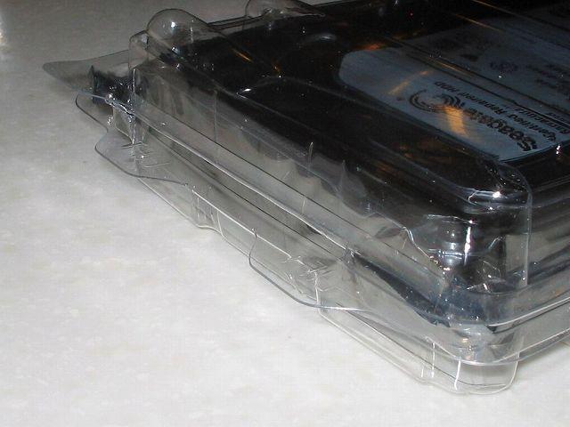 Seagate HDD RMA 交換品 HDD 入り静電気防止プラスチック・ケース(SeaShell) ふたの部分やや開き気味