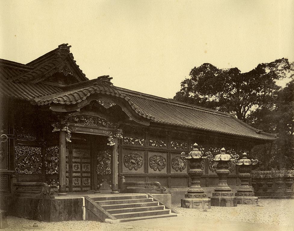 文昭院霊廟中門(フェリーチェ・ベアト撮影)