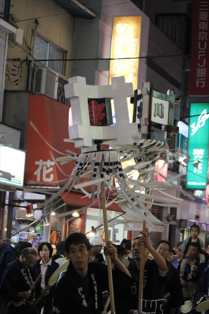 駅前商店街での様子…EOS 60D + EF-S 55-250を使用_2_5