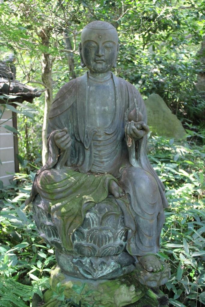 半跏地蔵菩薩