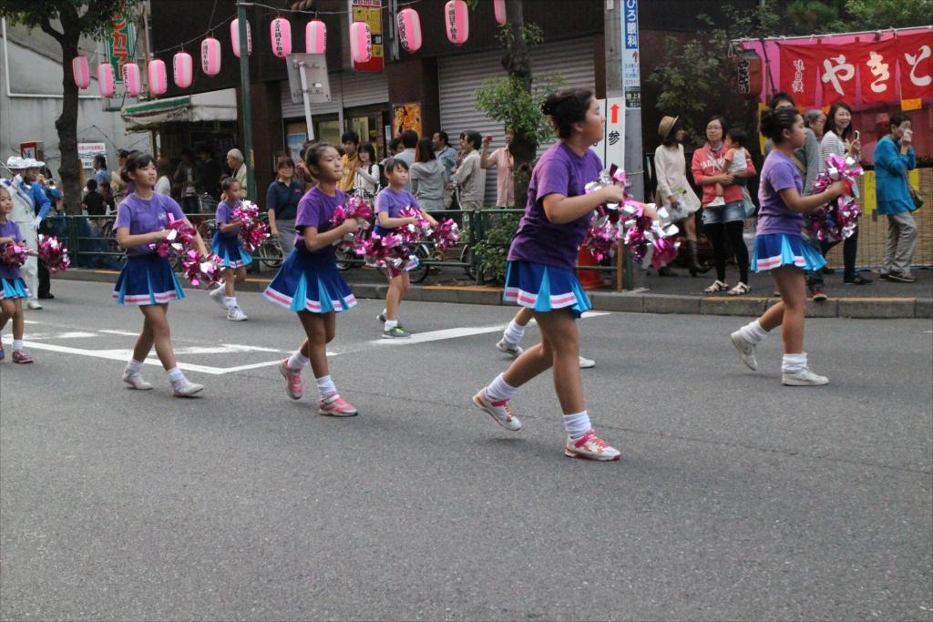 朗子会のパレード_2