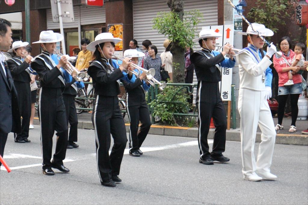 朗子会のパレード_3