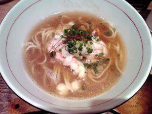 麺と心 7 牛骨魚貝そば 淡口