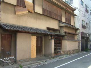 asakusa2006_0406_120611AA.jpg