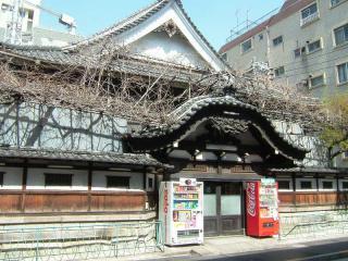 asakusa2006_0406_123115AA.jpg