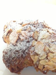 パンの喜屋 クロワッサンオザマンド
