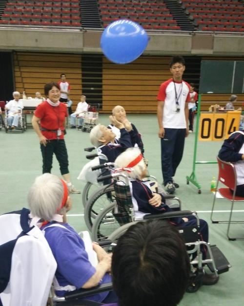20141009 鳴海 風船バレー1