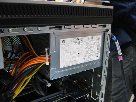 HP ENVY 700-060jp_04