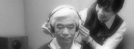 リオネット補聴器メーカー新宿店初めての補聴器