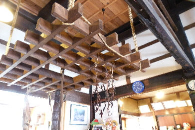 蕎屋 囲炉裏天井