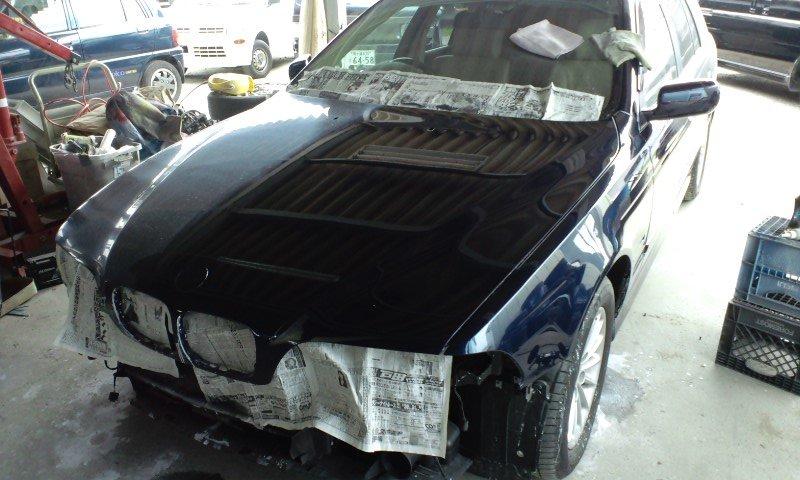 BMWWAGON04.jpg