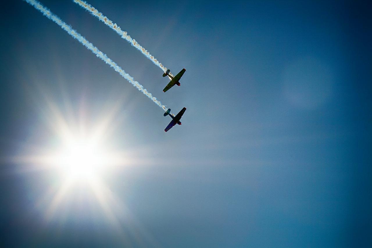 aircraft-377697_1280.jpg