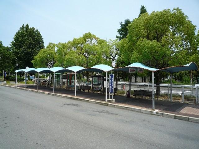 公団寝屋川団地のバス停