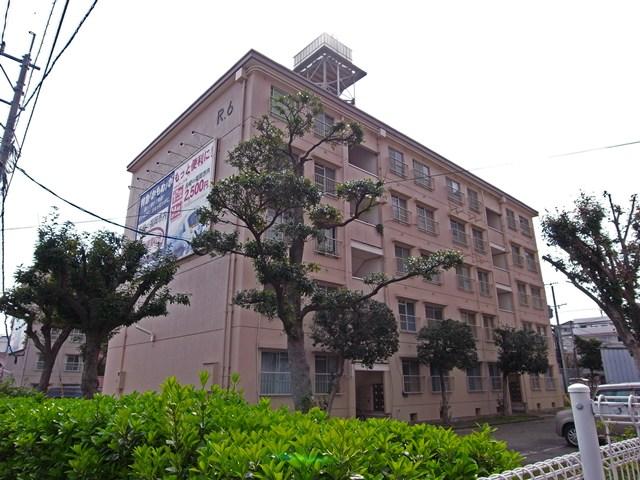 国鉄浦上車庫前官舎の住棟