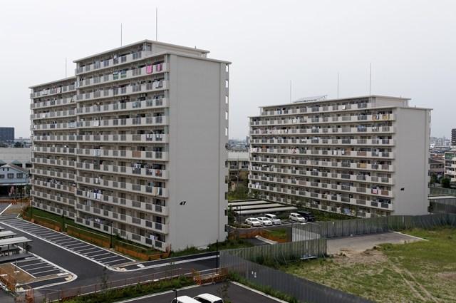 東京都営高砂アパートの建替え後住棟