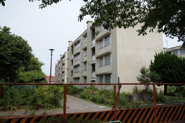 東京都営高砂アパート建替えエリアの中層棟