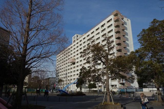 都営辰巳一丁目アパートの高層棟1