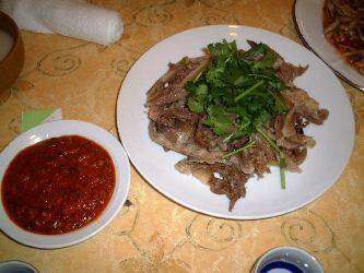 犬肉の前菜