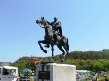 ケマル・アタテュルク像