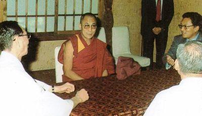 ダライラマ法王の靖国訪問