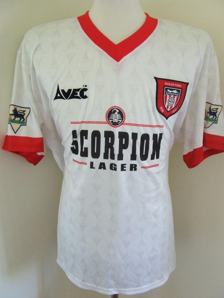 sunderland-away-football-shirt-1996-1997-s_16163_1.jpg