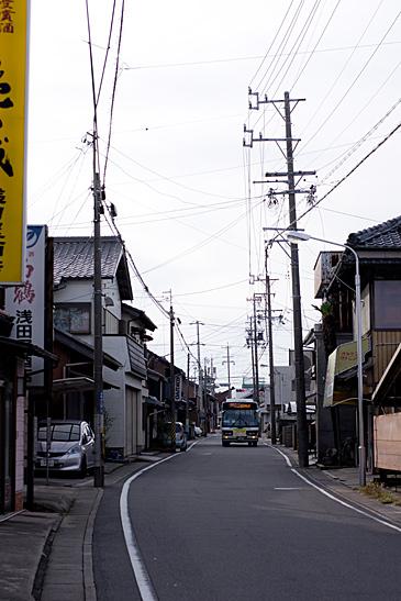 亀山3-8