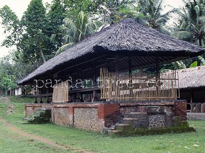 もう一つのトゥガナン村2