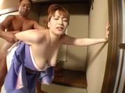 巨乳熟女が着物着衣で性交!