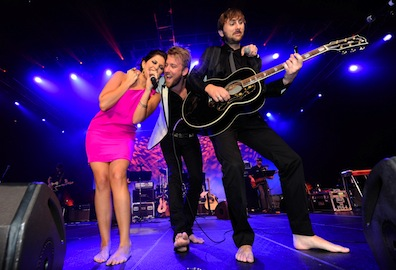 Lady-A-ACM-All-Star-Jam-lady-antebellum-11839793-2560-1745.jpg