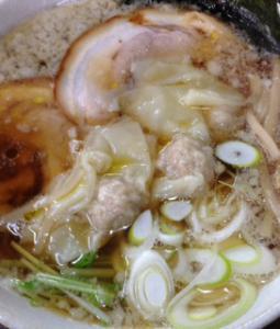 すなおワンタン麺