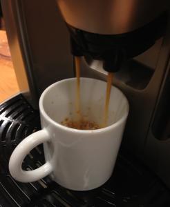 阿佐ヶ谷大戸屋コーヒー抽出中