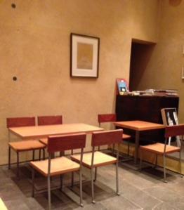 カフェ傳客席2