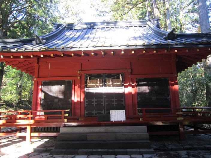 瀧尾神社拝殿