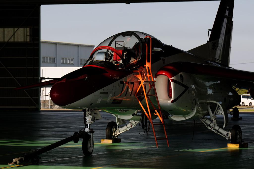 T-4 レッドドルフィン #777