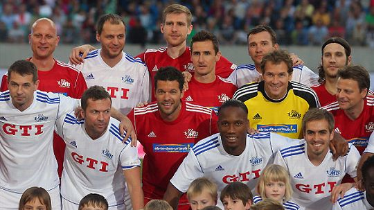 farewell_ballack_shevchenko.jpg