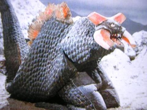核怪獣ギラドラス