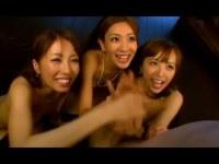 甘えん坊オジサンを優しく責める三人の綺麗な痴女お姉さんたち 美雪ありす 前田かおり 並木優