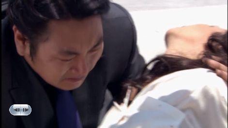 22話 「くぅぅ・・おおビビアンっ」ビビアンくぉ抱えて車に運べ!!
